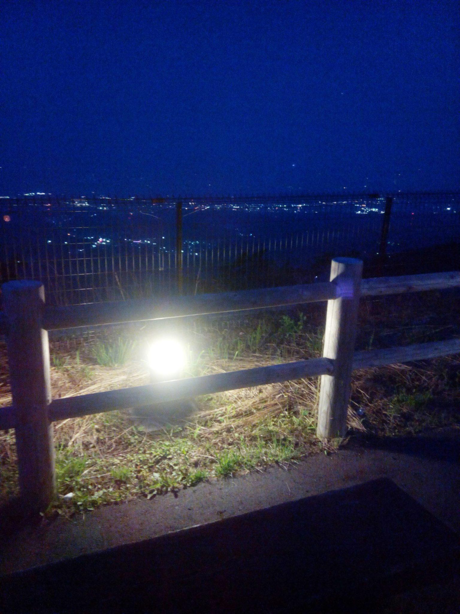 展望台の夜間ライト