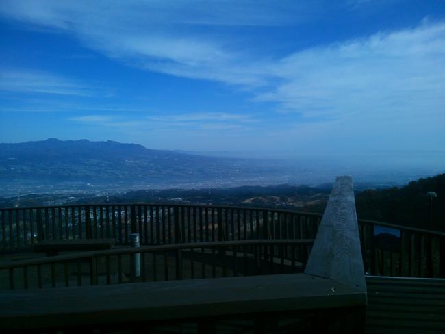 上ノ山公園の展望台 ときめきデッキ